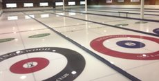 Winter-Activities-Calgary-Curling-Inglewood-Golf-and-Curling-Club